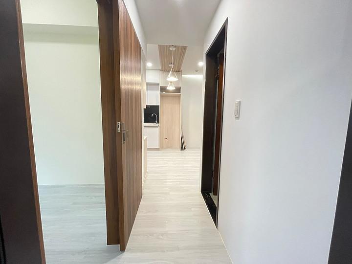 三間房間中最小的一間,我們把原本的傳統們換成了拉門~增加一點點的空間。PULO裝潢案例作品